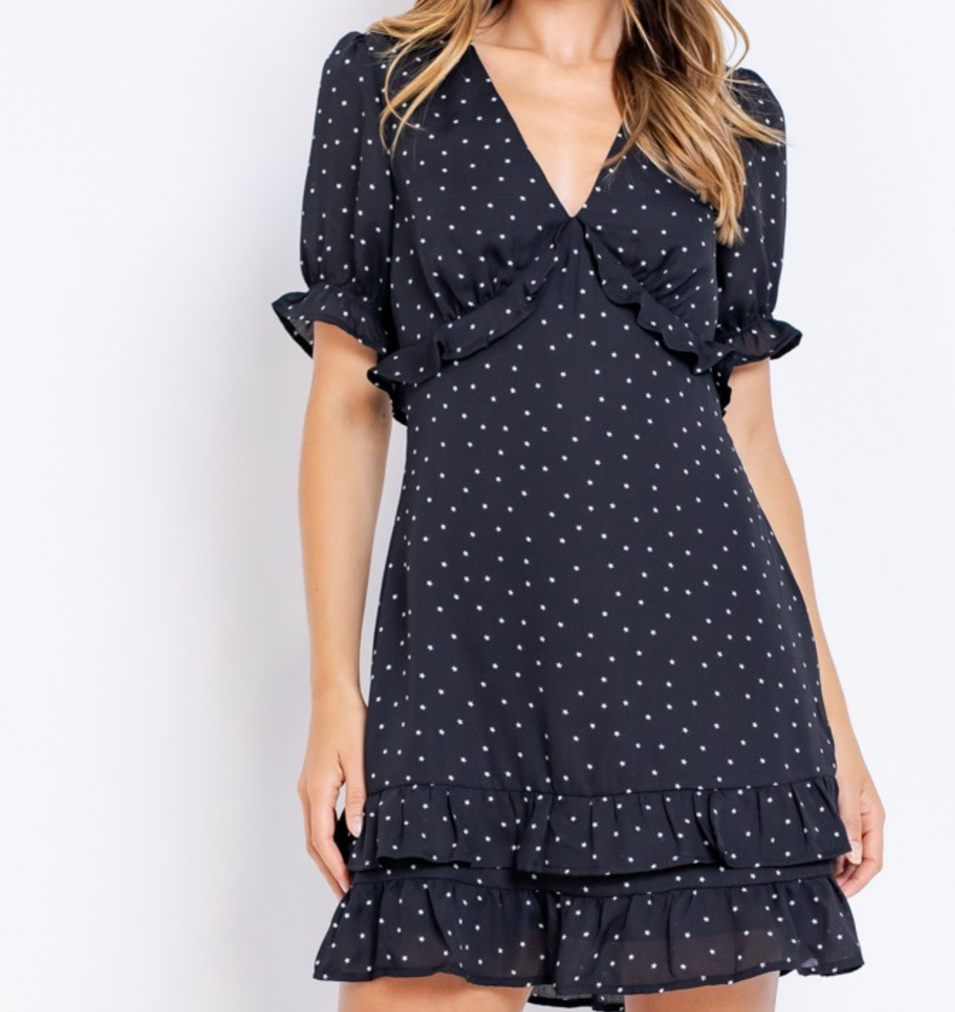 Le Lis Star Short Puff Sleeve Mini Dress