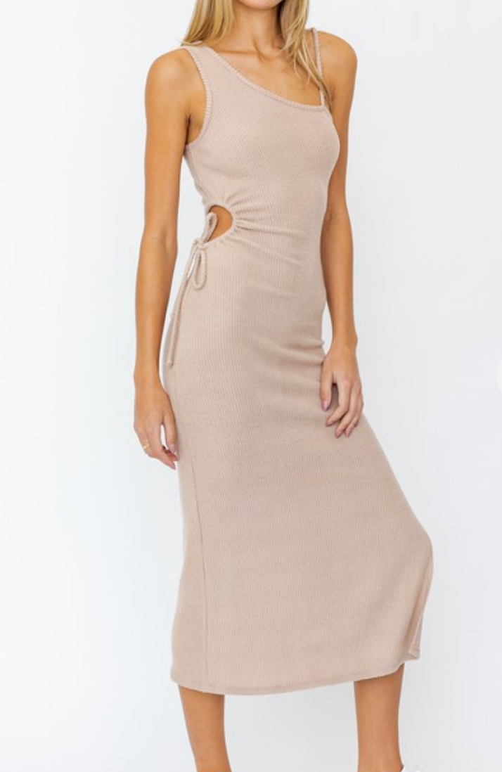 Le Lis Right By Your Side Dress