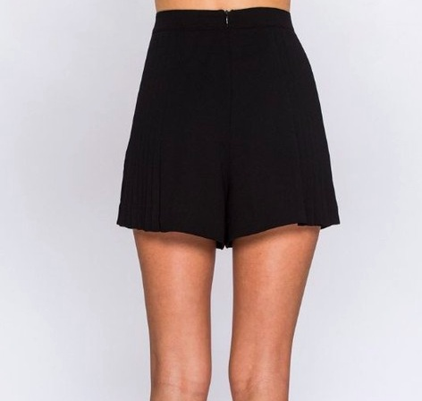 Flying Tomato Pretty and Pleated Shorts