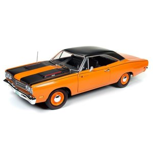 American Muscle Diecast . AMD 1/18 1969 Plymouth Roadrunner Hardtop (50th Anniversary)