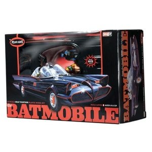 Polar Lights . PLL 1/25 '66 TV Batmobile Snap