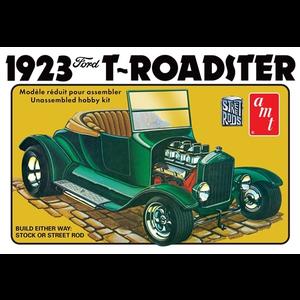 AMT\ERTL\Racing Champions.AMT 1/25 1923 Ford Model T Roadster