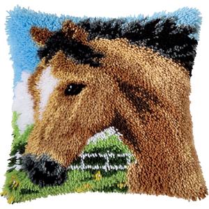 Vervaco . VVC Stallion - Vervaco Cushion Latch Hook Kit