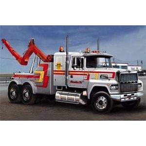 Italeri . ITA 1/24 Us Wrecker Truck