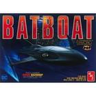 AMT\ERTL\Racing Champions.AMT 1/25 BAT BOAT