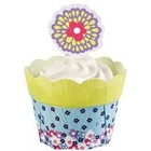 Wilton Products . WIL DISC)-CUPCAKE COMBO FLWR POT PE