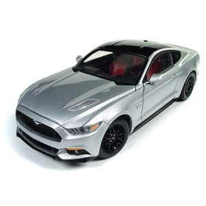 Auto World . AWD 1/18 2017 MUSTANG GT