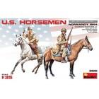 Miniart . MNA 1/35 U.S. Horsemen Normandy 1944