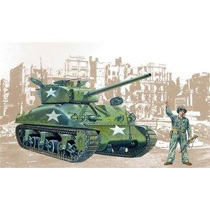 Italeri . ITA 1/35 M4-A1 Sherman Tank