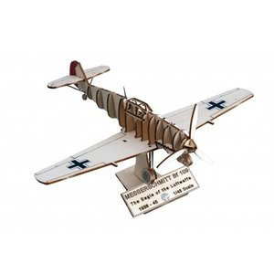 Artesania Latina . LAT 1/48 Messerschmitt BF109