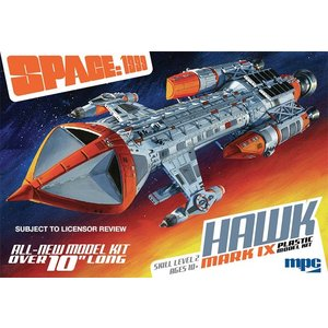 MPC . MPC 1/72 Space 1999 Hawk MK IX