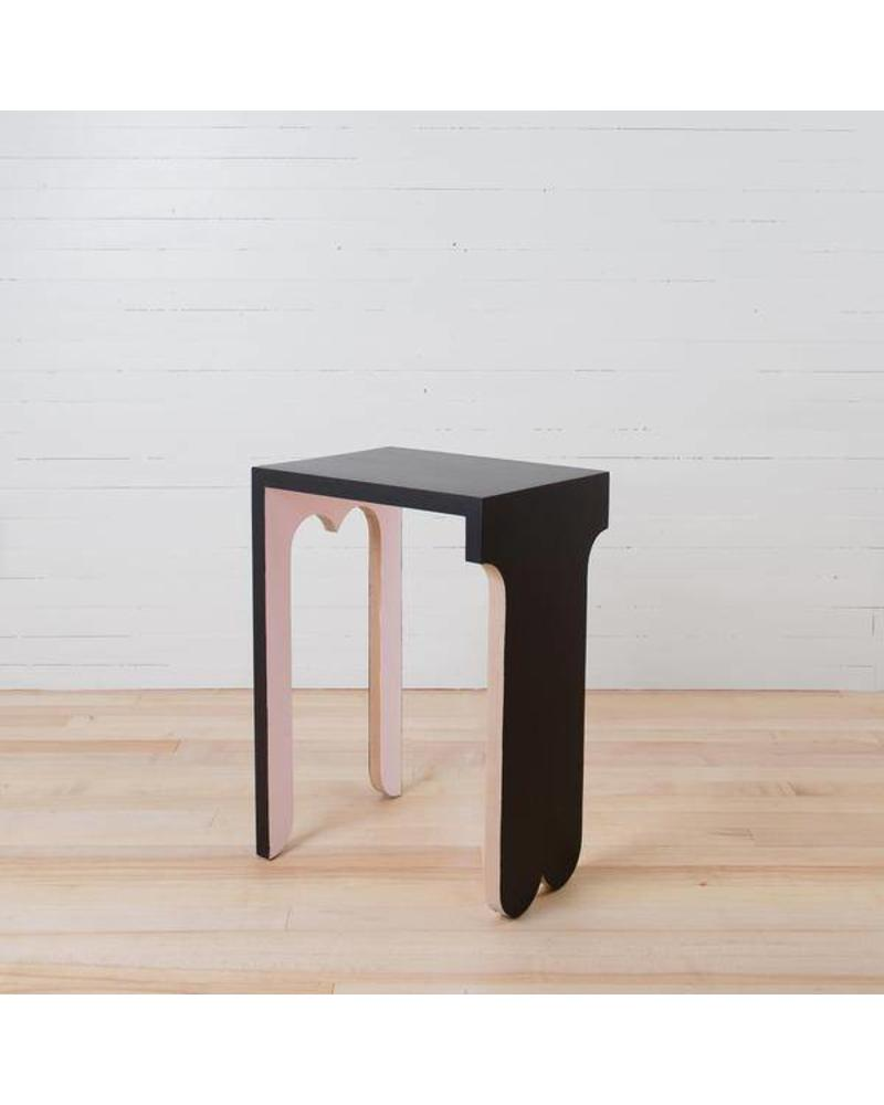 FOGO TWINFLOWER PUPPY TABLE