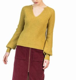 LEO & SAGE Full Sleeve Split Neck Sweater