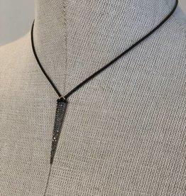IN2DESIGN Diamond Spike on Leather