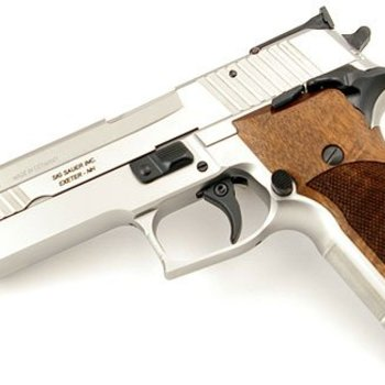 Sig Sauer Sig Sauer P226-x-six Super Match 9mm SAO with 2 mags