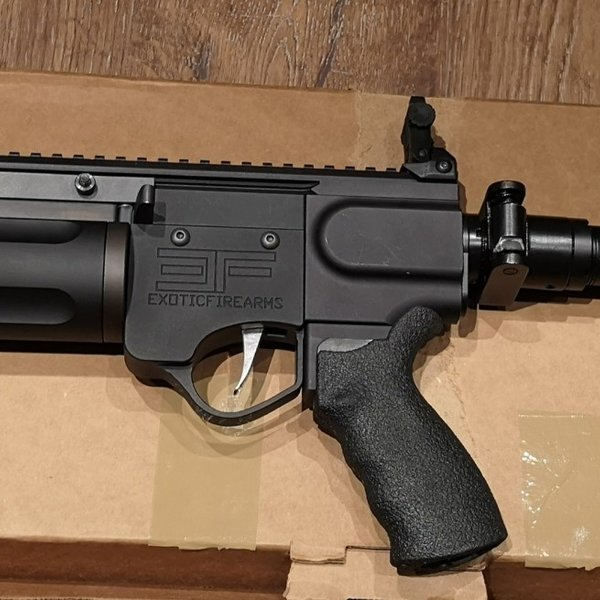Exotic Firearms Nemesis-SL 37mm Flare Gun with 33 flares
