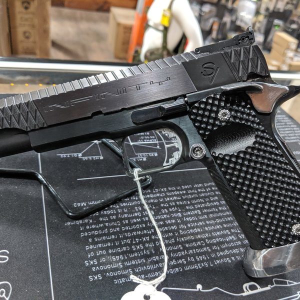 SVI Infinity 1911 Custom Pistol 9MM (Excellent condition under 1k shoot )