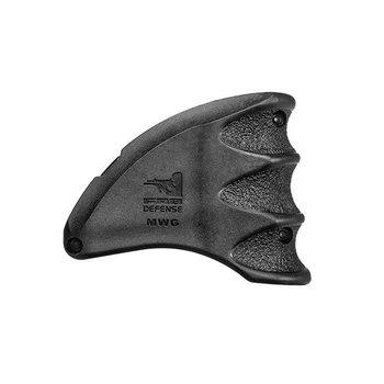 FAB Magazine Well Grip for AR15/ M16 /M4 Black