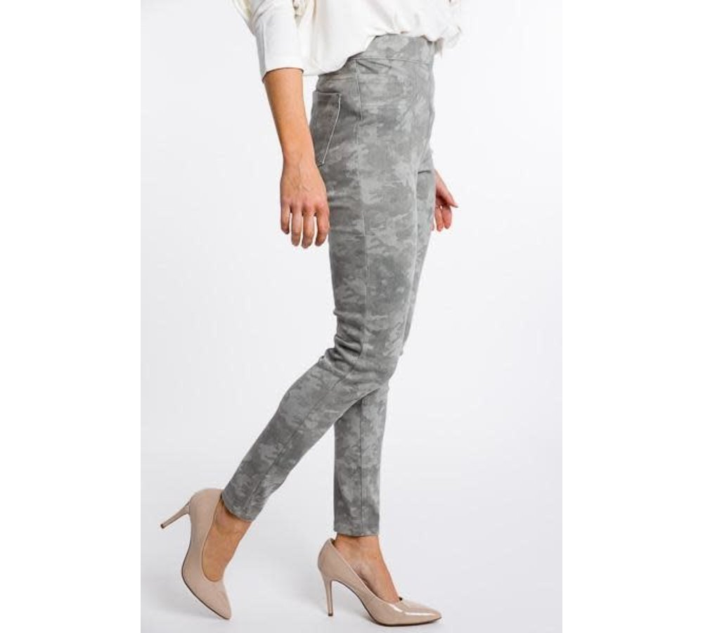 Jean-ish Ankle Leggings Camo