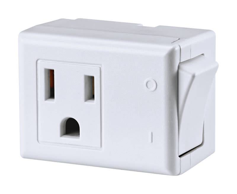 LEVITON GROUNDED PLUG IN SWITCH WHITE - CARDED