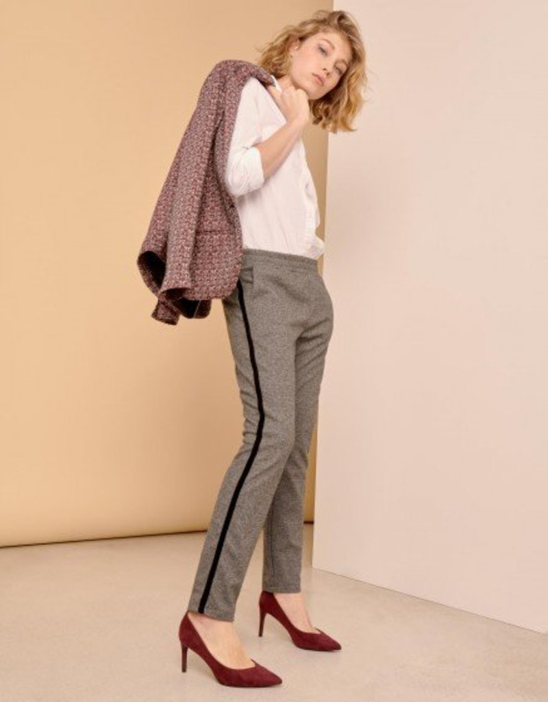 Reiko Street Trousers Elvin Fancy _Chevron
