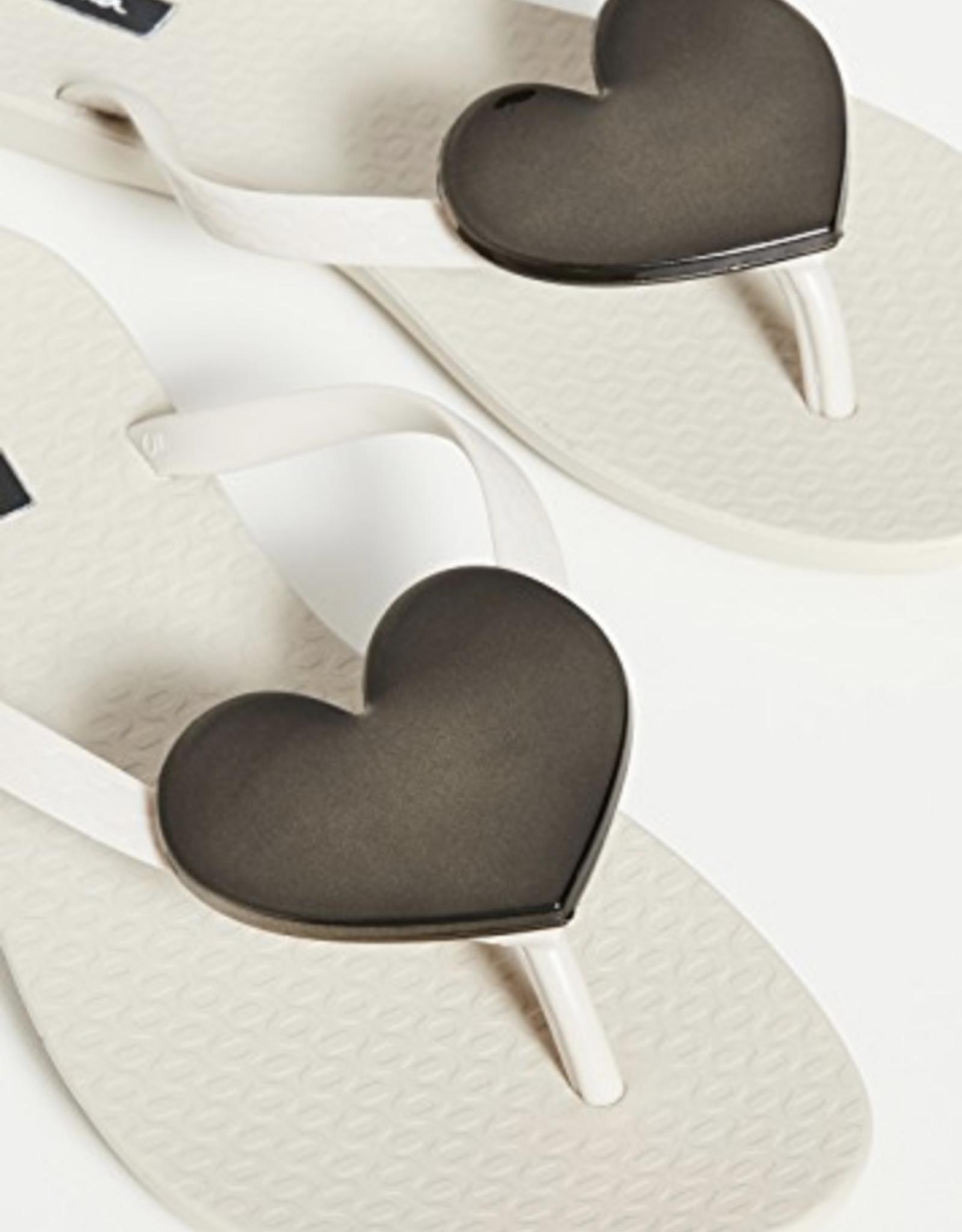 Ipanema Beige Wave Heart Sandals