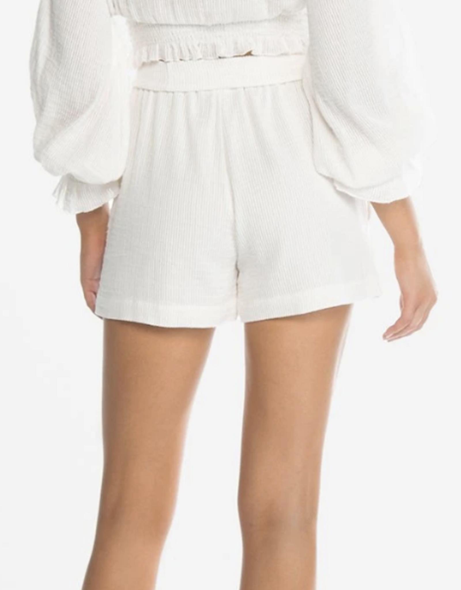 Peony Magnolia Belted Short