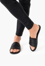 $3,378 MXN Tkees Caro Black Sandals