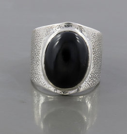 Black Onyx and Sterling Silver Ring (Size 9) - R-22933-06-25-43