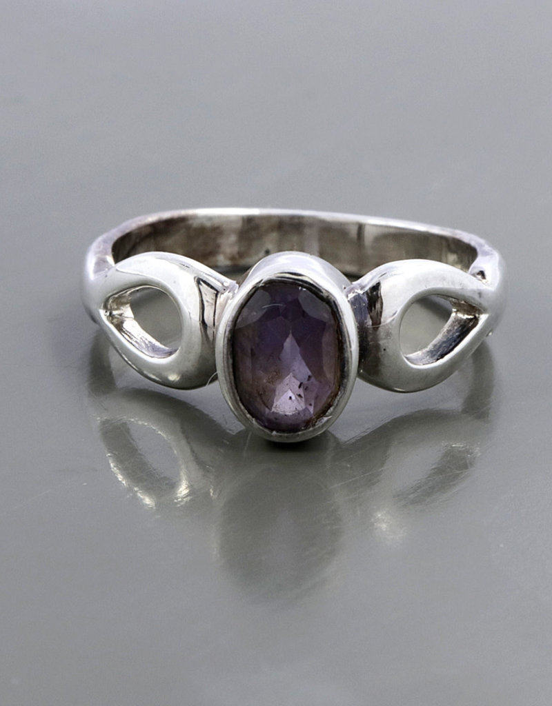 Amethyst and Sterling Silver Ring (Size 7) - R-22495-5-36