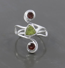 Garnet and Peridot Sterling Silver Ring (Size 7) - R-22781-08-481