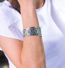 Bracelet - Antique Silver Tone Patterned - B1403