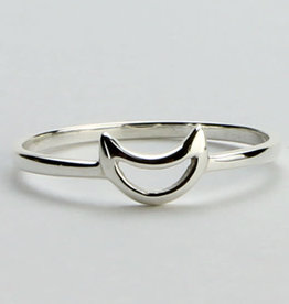Ring - Crescent Silver Moon Sterling Silver – (Size 6) - M-SY173