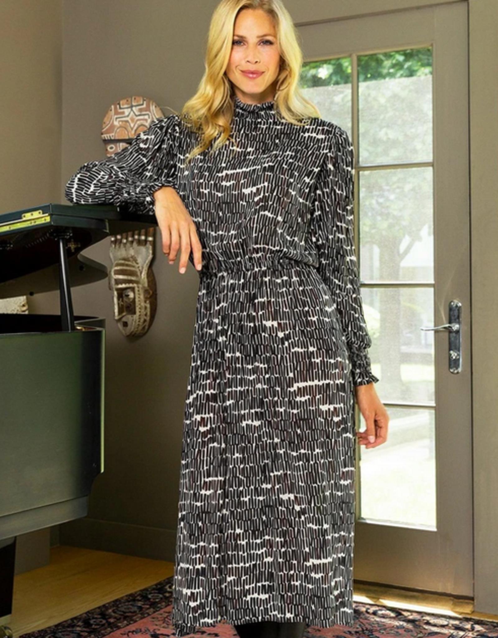 Kelly Geo stick dress