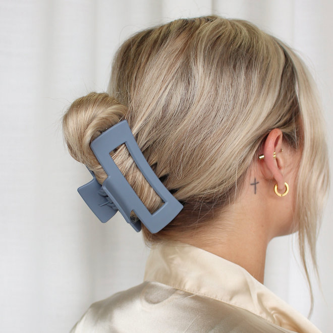 Pince à cheveux ajourée longue - Gris mat