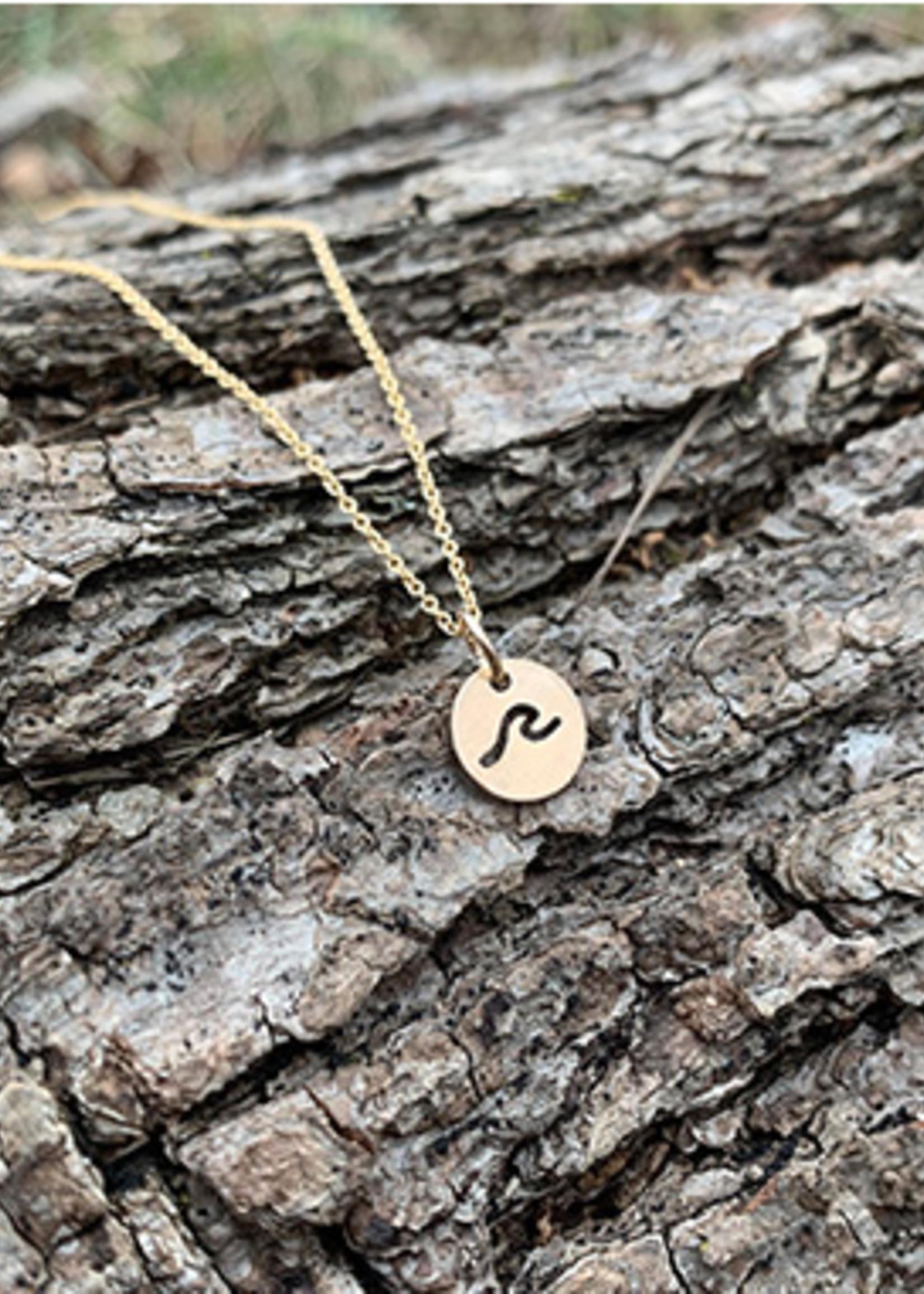 Glimpse Gold Wave Necklace