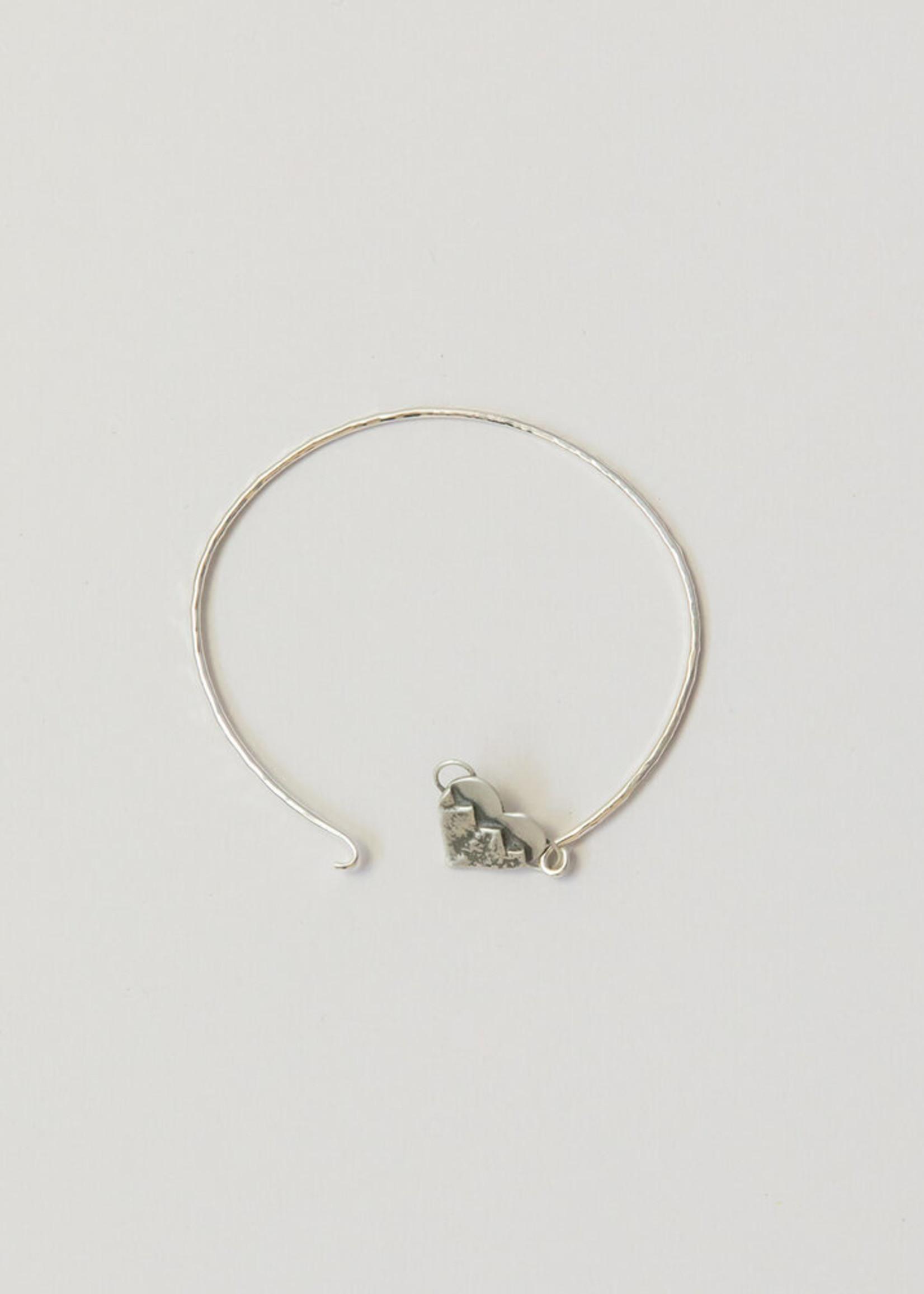 Loops Silver Heart Bracelet Mountain