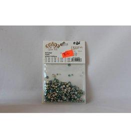 036 NAIL CRYSTAL DIAMOND