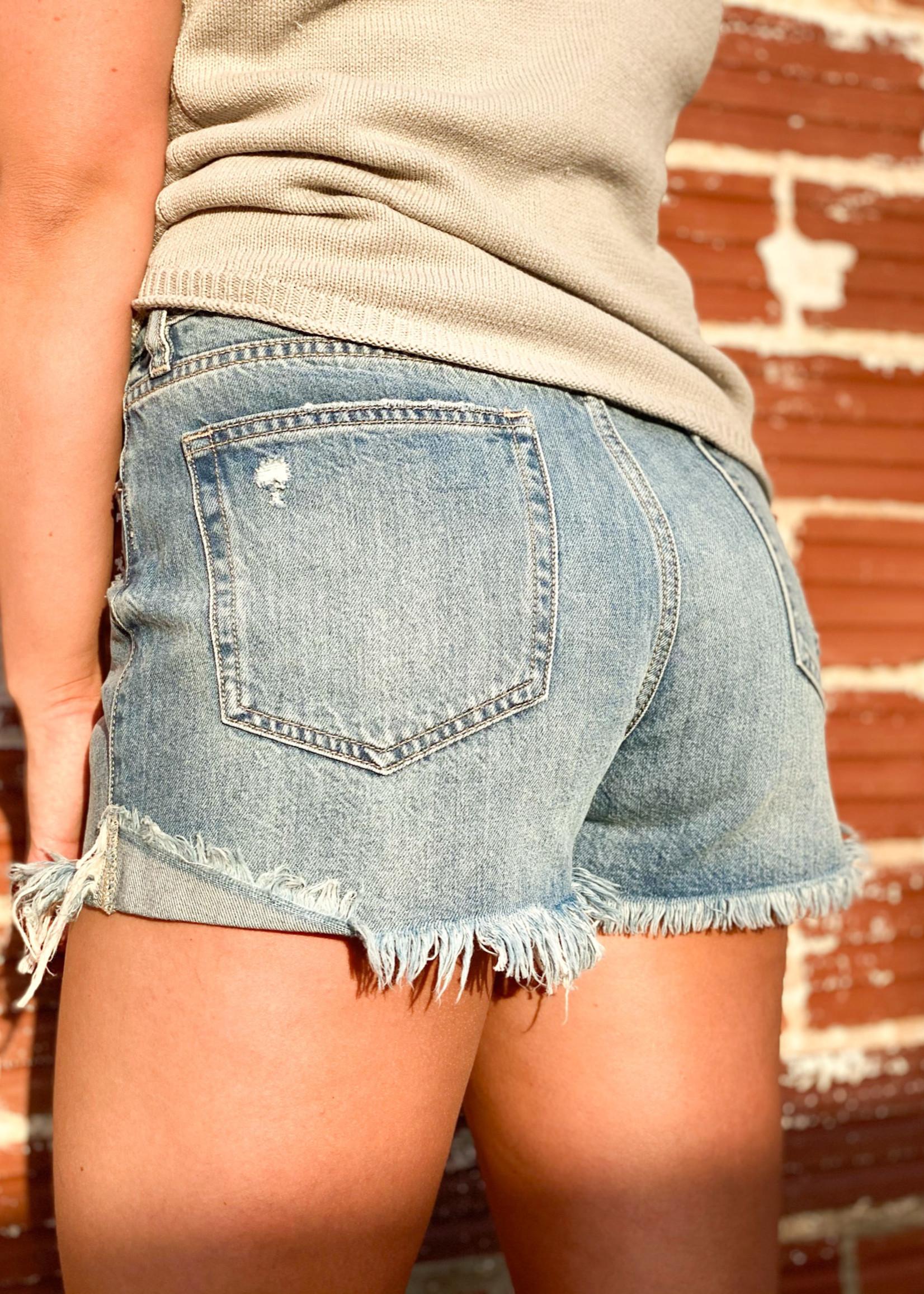 hula sue sadie frey hem shorts - light wash