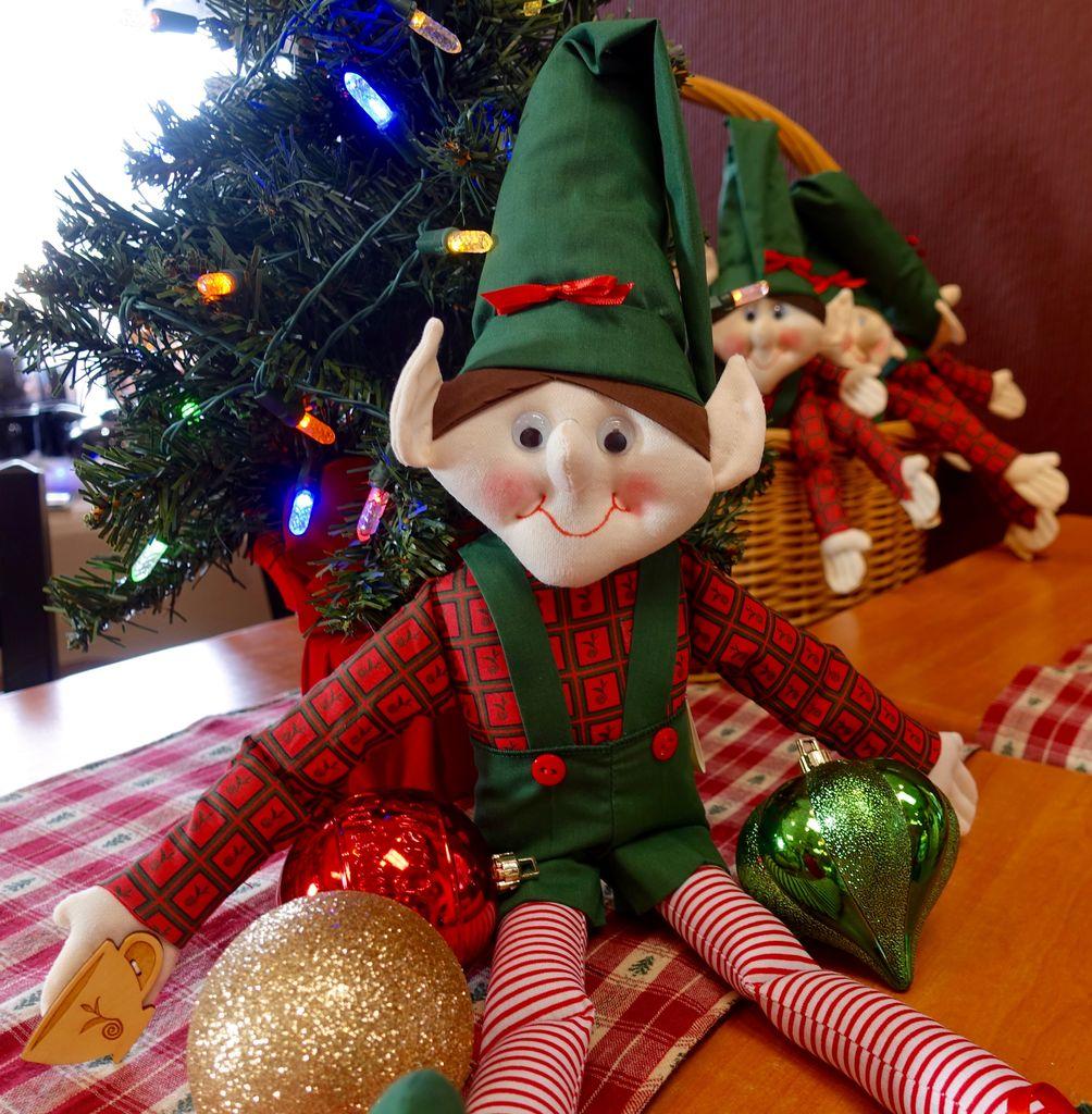 Trailhead Tea Christmas Tea Elf