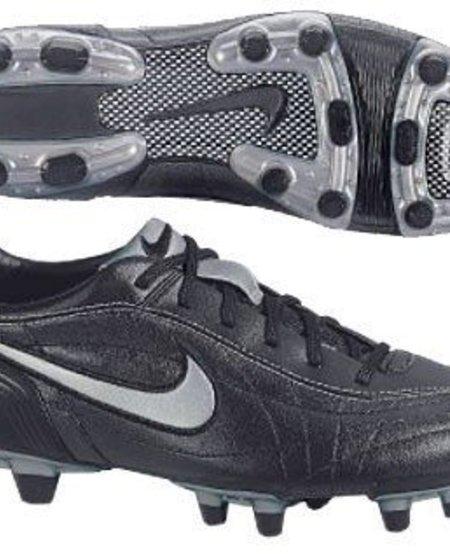 WMNS Nike Tiempo Mystic FG