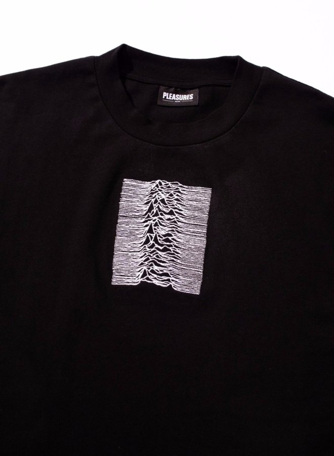 SHADOW PLAY EMBROIDERED PREMIUM T-SHIRT