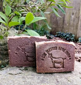 CJ Idea Factory/ One Blessed Acre Farm Bar Soap / Cinnamon Sugar