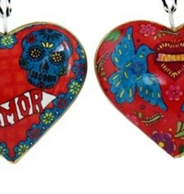 "Culturas Ornament/ 4"" Metal Heart Amor Skulls"