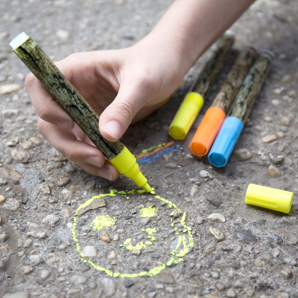 Kikkerland Huckleberry Chalk Marker Set of 3