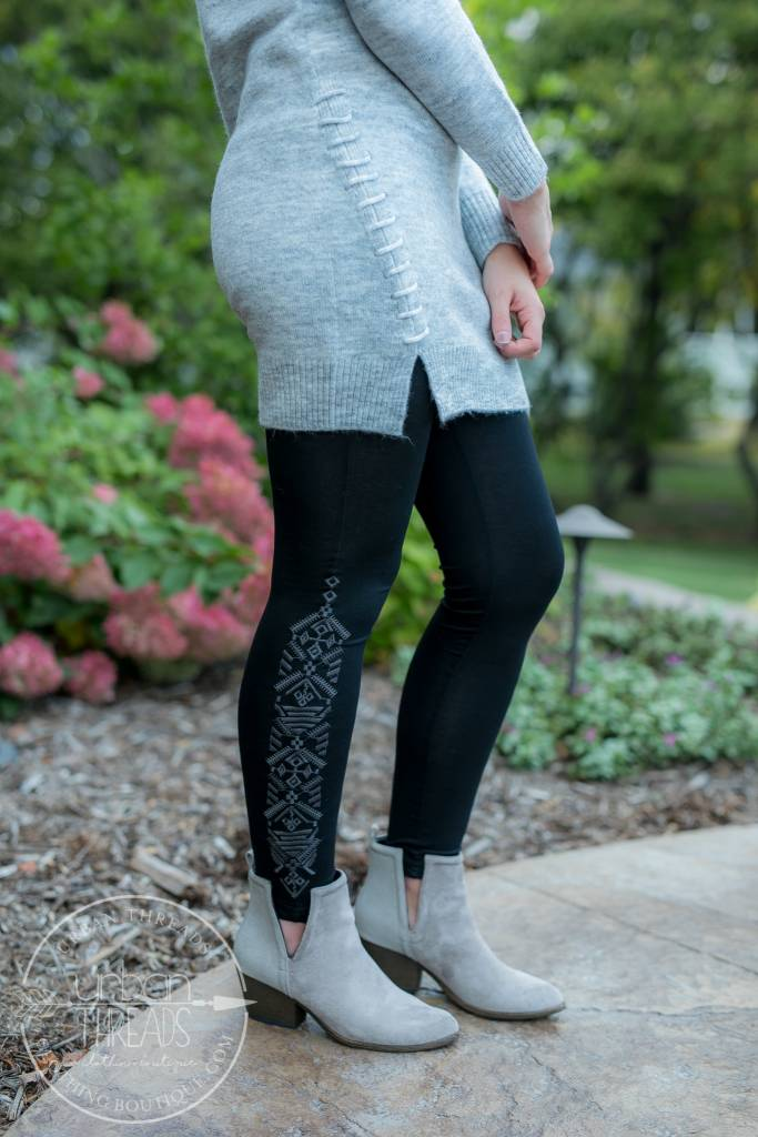 Monoreno Aztec Embroidered Leggings