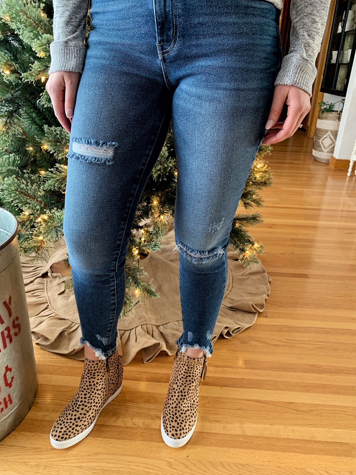 Gemma High Rise Distressed Jean
