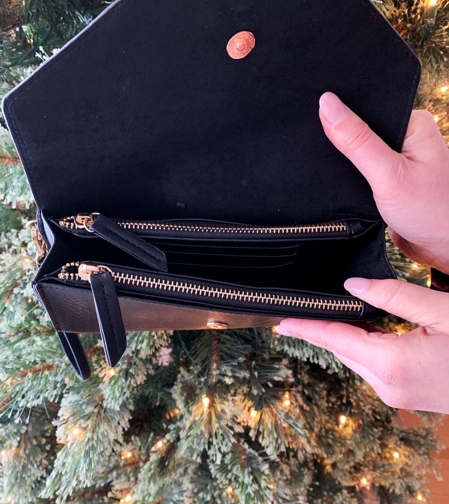 MMS Trading Geometric Black Wristlet