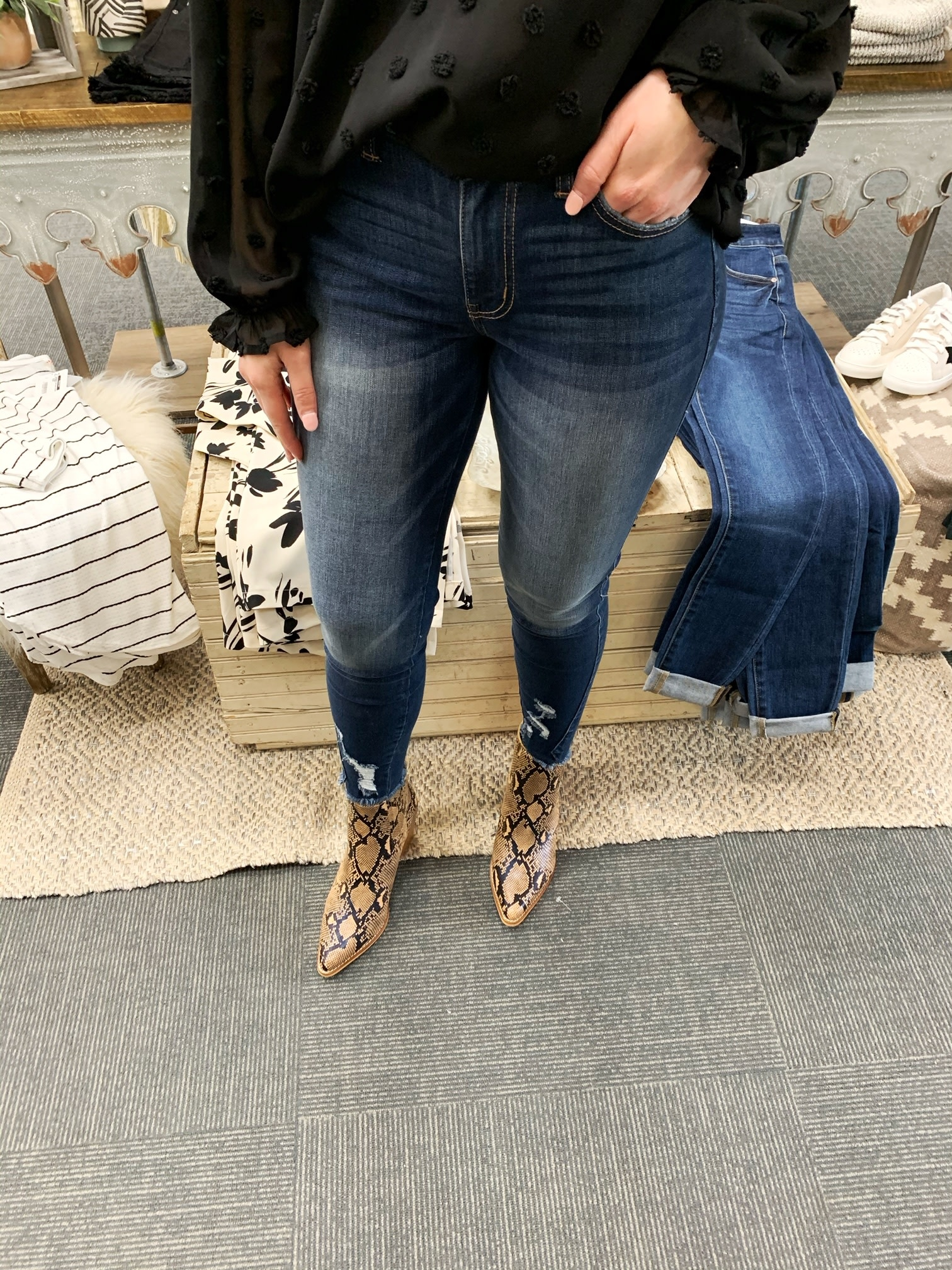 Kancan Riley Mid Rise Jeans