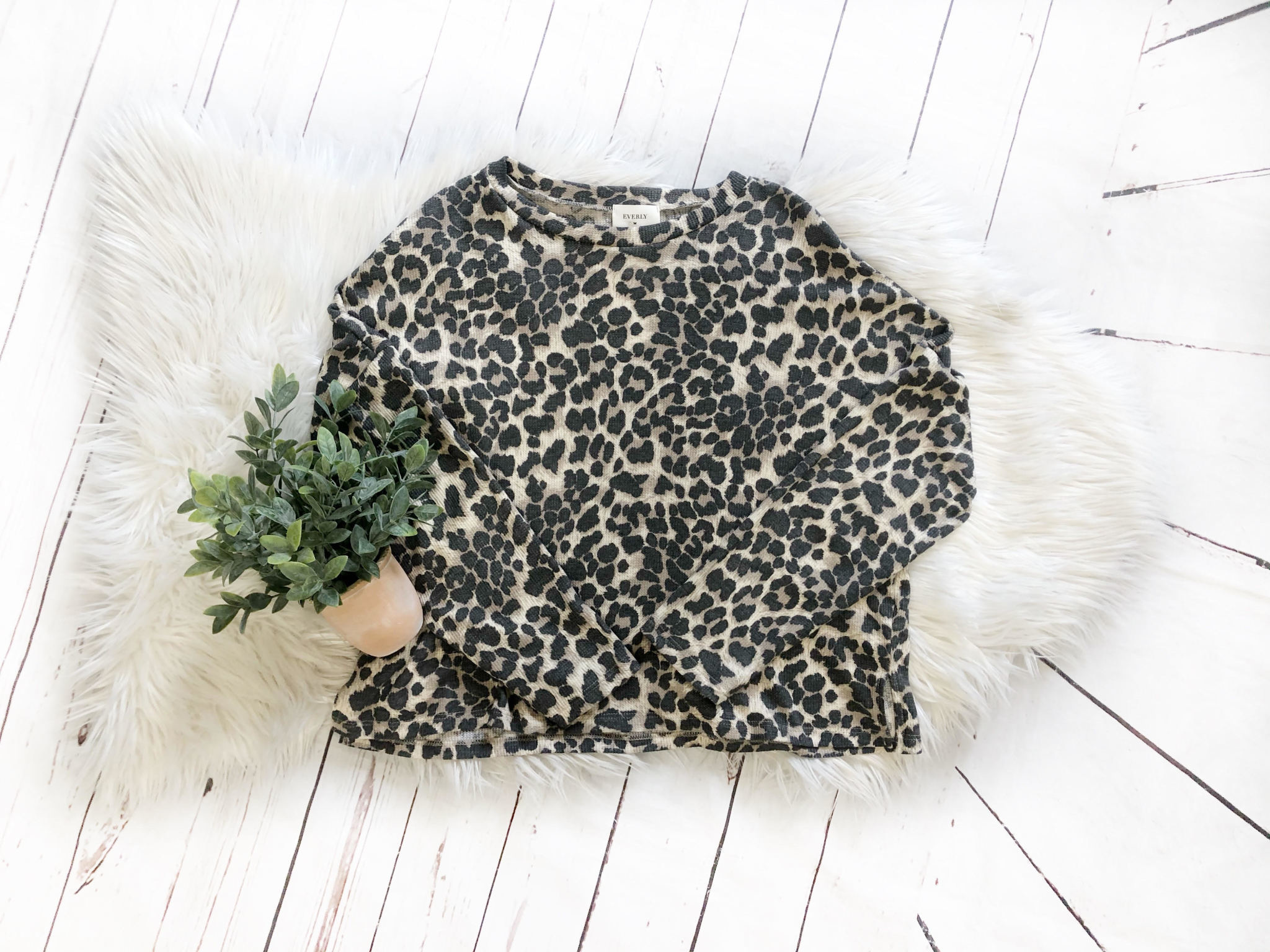Taupe Leopard Thermal